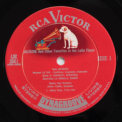 Dynagroove Shaded Dog Label